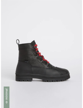 The Nevasca Water Repellent Boot In Black by Frank & Oak