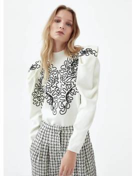 Sweater Com Ombro Com Volume Bordado by Uterqüe