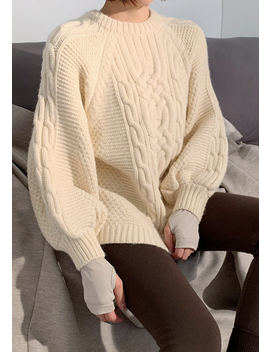 Cutie Pretzel Cable Knit Sweater (60% Wool) by Chuu