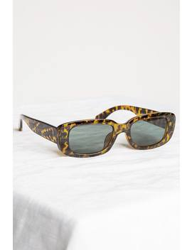 Chic Brown Rectangle Sunglasses by Dissh