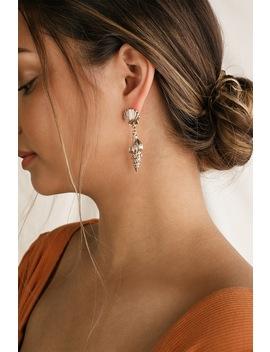 Tarni Gold Shell Earrings by Lulus