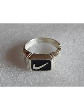 Silber Nike Ring 925 Silber Mit Schwarzem Emaille Großes Geschenk Geburtstagsgeschenk Für Ihn Geschenk Für Freund by Etsy