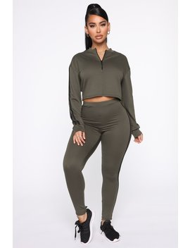 Never Settle Lounge Set   Olive by Fashion Nova