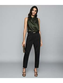 """<Div Class=""""Product  Badge Top  Color Mid  Font Small  Type Banner"""">Order By 16th December For Christmas Delivery</Div>   Laura by Reiss"""