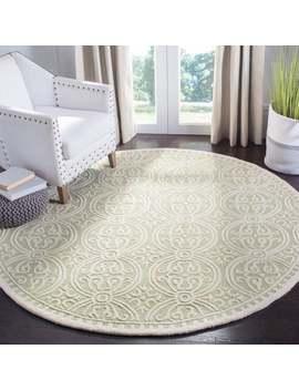 Safavieh Handmade Cambridge Myrtis Modern Moroccan Wool Rug   8' X 8' Round   Light Green/Ivory by Safavieh