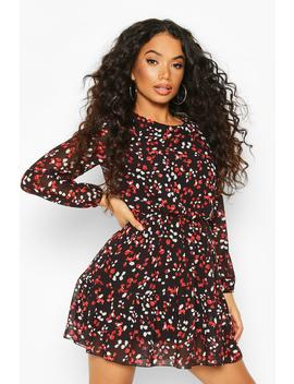 Petite Smudge Print Volume Sleeve Skater Dress by Boohoo