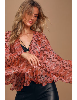 Vacanes Red Snake Print Sheer Kimono Sleeve Top by Band Of Gypsies
