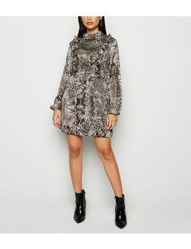 Ax Paris Blue Snake Print Shift Dress by New Look