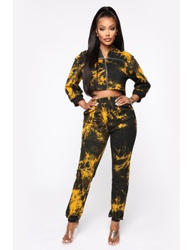 Tie Dyin' To Chill Jogger Set   Yellow by Fashion Nova