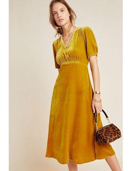 Sonrisa Velvet Midi Dress by Kachel