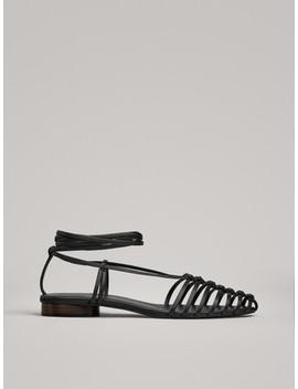 WiĄzane Buty Na PŁaskiej Podeszwie by Massimo Dutti