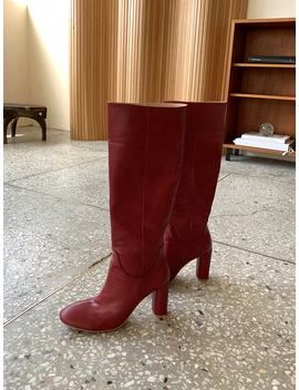 Intense Look Knee Boots by Chuu
