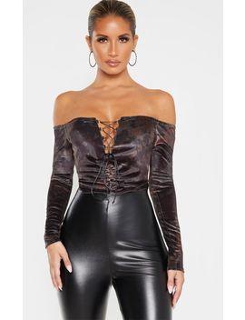 Khaki Velvet Tie Dye Lace Up Ruched Bardot Bodysuit by Prettylittlething