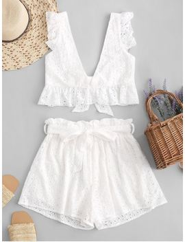 Hot Eyelet Plunge Belted Paperbag Shorts Set   White S by Zaful