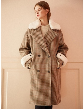 2 Way Faux Fur Point Coat Check by Hackesch