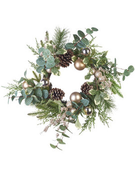 Golden Bauble Wreath by Floristry