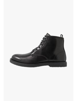 Angus Chukka Boot   Veterboots by Topman