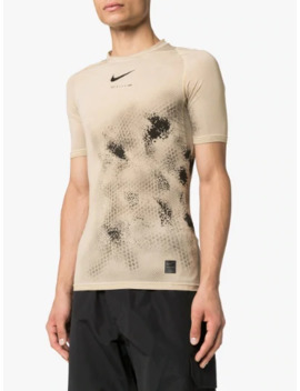 X 1017 Alyx 9 Sm Beige Compression Printed T Shirt by Nike