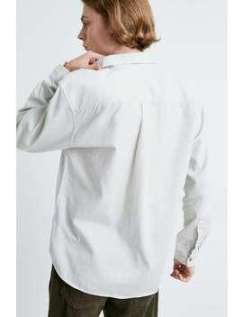 Urban Outfitters – Durchgeknöpftes Twill Hemd Mit Langen Ärmeln In Ecru by Urban Outfitters Shoppen