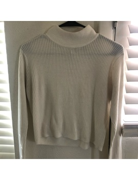 Vintage White Turtle Neck Cropped Sweater by Ctme
