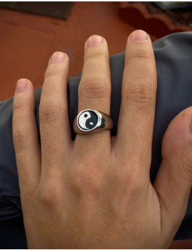 Silver Yin Yang Ring by Vintage  ×  Jewelry  ×  Yordy  ×