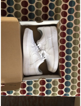 Air Force 1 by Nike  ×