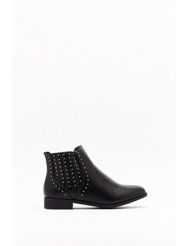 Stud Covered Gusset Flat Chelsea Boots by Nasty Gal
