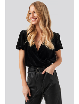 Overlap Puff Sleeve Velvet Top Black by Na Kd Party