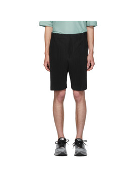 Black Mc June Pleats Bottom 1 Shorts by Homme PlissÉ Issey Miyake