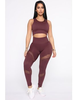 Put In Work Active Leggings In Infinity Seamless   Wine by Fashion Nova