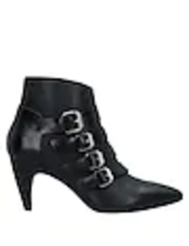 Ankle Boot by Janet & Janet
