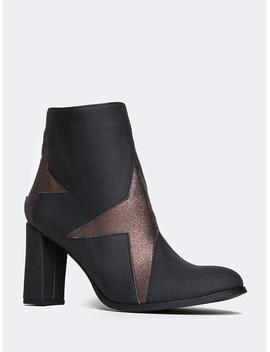 Low Heel Star Booties by Zooshoo