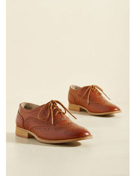 Talking Picture Oxford Flat In Rich Caramel Talking Picture Oxford Flat In Rich Caramel by Modcloth