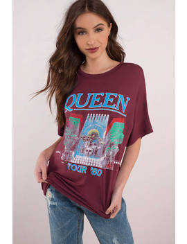 Daydreamer Queen Tour 80 Burgundy Boyfriend Tee by Tobi