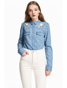Bestickte Jeansbluse by H&M