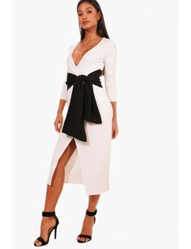 Millie Contrast Tie Belt Midi Dress by Boohoo