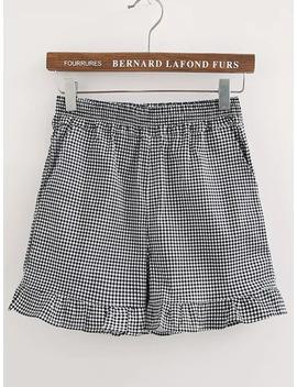 Elastic Waist Checkered Ruffle Hem Shorts by Sheinside