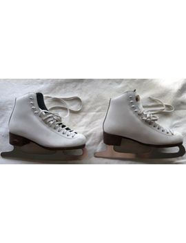 Riedell Figure Skates Womans Size 5 White Model 117 by Riedell