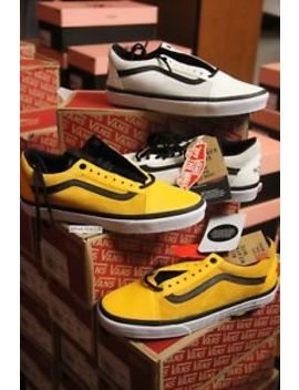Vans Vault X The North Face Old Skool Mte White Yellow Size 7.5 13 Ship Now by Vans X Northface