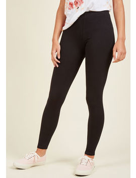 Simple And Sleek Leggings In Black In S/M Simple And Sleek Leggings In Black In S/M by Modcloth