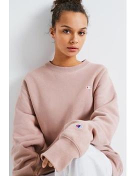 Champion X Uo – Sweatshirt Mit Rundhalsausschnitt In Zartrosa by Urban Outfitters