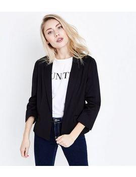 Petite Black Cropped Blazer by New Look