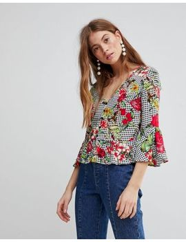 Glamorous Top With Button Front And Peplum Hem In Floral Gingham by Glamorous