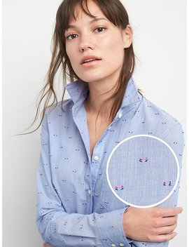 Fitted Boyfriend Clip Dot Shirt by Gap