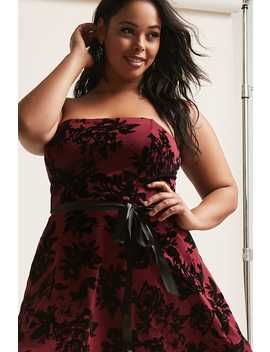 Plus Size Floral Velvet Strapless Dress by Forever 21