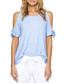 loulou-cold-shoulder-tee by sanctuary