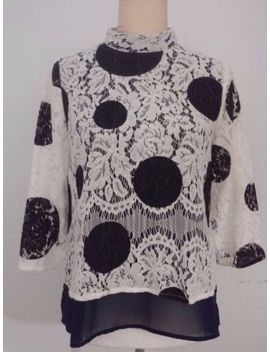 Anthopologie Hd In Paris Lace Top Size 0 Navy Blue Ivory Lace by Anthropologie Paris Blues