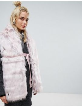 Urbancode Faux Fur Pink Scarf With Ring Fastening by Urbancode