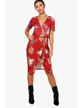 Petite Amy Plunge Wrap Floral Midi Dress by Boohoo
