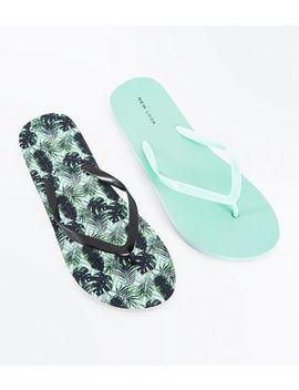 2 Pack Green Leaf Print Flip Flops by New Look